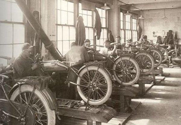 100 yıllık başarı öyküsü: Harley Davidson #9