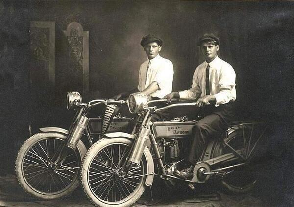 100 yıllık başarı öyküsü: Harley Davidson #11