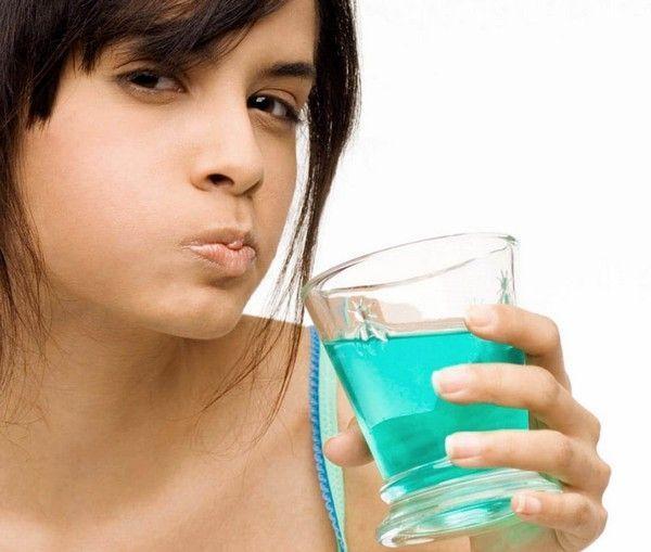 Ağız Bakım Suyu Kullanımı Nasıl Olmalı?