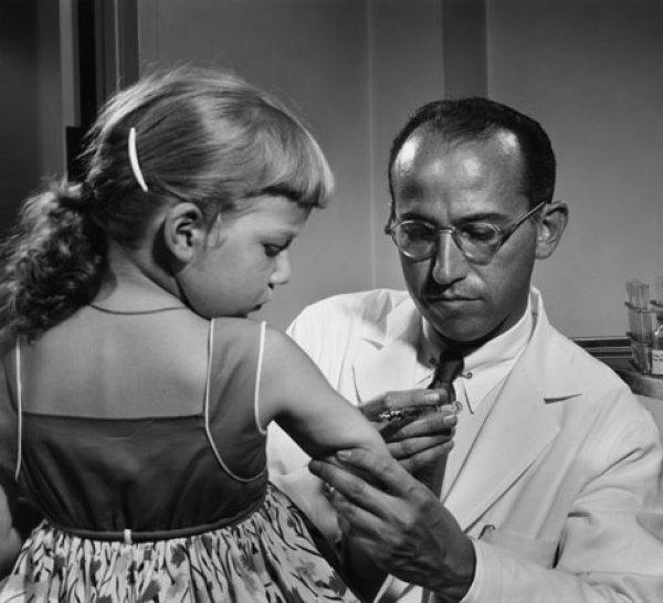 Çocuk felci aşısıyla milyonları kurtaran kahraman #4