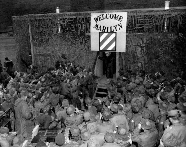 Marilyn Monroe nun Türk askerine moral verdiği yıllar #11