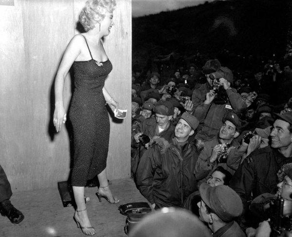 Marilyn Monroe nun Türk askerine moral verdiği yıllar #12