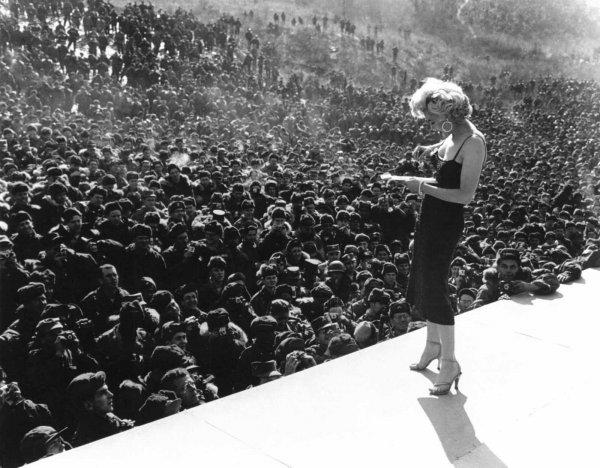 Marilyn Monroe nun Türk askerine moral verdiği yıllar #13