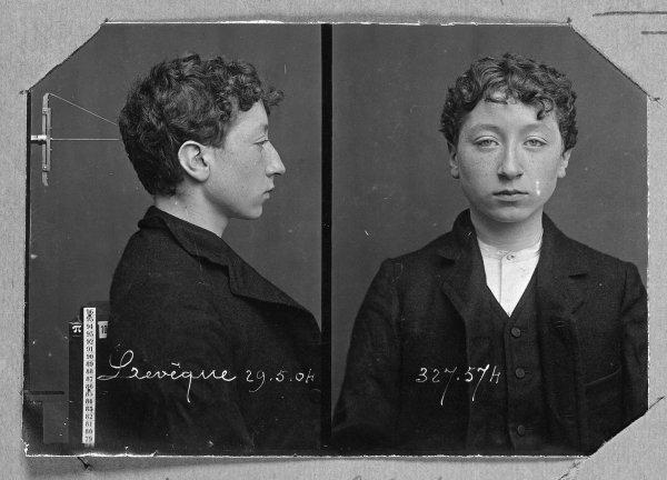 Sabıka fotoğraflarının mucidi: Alphonse Bertillon #4